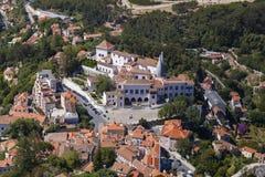 Vista aerea di Palacio Nacional de Sintra fotografie stock libere da diritti