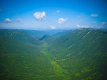Vista aerea di panorama ai fiumi ed alla tundra di Kamchatka alla riserva naturale di Kronotsky, penisola di Kamchatka, Russia Fotografia Stock Libera da Diritti