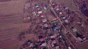 Vista aerea di piccolo villaggio stock footage