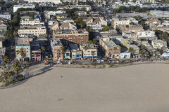 Vista aerea di pomeriggio del sentiero costiero della spiaggia di Venezia a Los Angeles C Immagini Stock Libere da Diritti