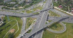 Vista aerea di scambio della strada principale stock footage