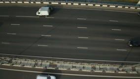 Vista aerea di scambio della strada principale nella città di Mosca archivi video