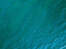 Vista aerea di superficie del mare Foto del fuco fotografia stock
