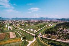 Vista aerea di terra e dei raccolti fertili in Croazia del sud Fotografie Stock Libere da Diritti