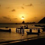 Vista aerea di un tramonto fantastico nella spiaggia caraibica fotografia stock