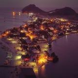 Vista aerea di un tramonto fantastico nella spiaggia caraibica immagini stock libere da diritti