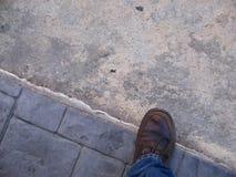 Vista aerea di una scarpa maschio marrone casuale Fotografie Stock Libere da Diritti