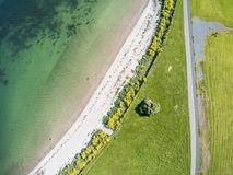 Vista aerea di una spiaggia e di un percorso di camminata in South Park fotografia stock libera da diritti