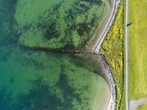Vista aerea di una spiaggia e di un percorso di camminata in South Park immagine stock