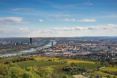 Vista aerea di Vienna in autunno fotografie stock libere da diritti