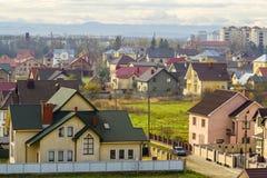 Vista aerea di zona residenziale con le case moderne in Ivano-Fran Immagine Stock