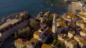 Vista aerea - mare vicino a Città Vecchia Budua archivi video