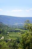 Vista aerea, paesaggio in Europa del sud sotto il cielo blu Fotografia Stock