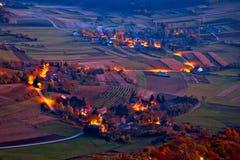 Vista aerea pittoresca di sera del villaggio di Prigorje Immagini Stock Libere da Diritti