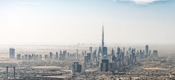Vista aerea sbalorditiva dell'orizzonte del Dubai, UAE Fotografie Stock Libere da Diritti