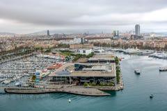 Vista aerea sopra il centro urbano storico di Barcellona Spagna fotografia stock libera da diritti
