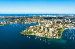 Vista aerea su Sydney, doppia area di harbourside della baia Immagini Stock