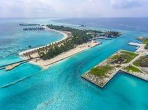 Vista aerea sull'isola di Olhuveli, Maldive fotografie stock