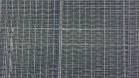 Vista aerea sulla grande serra moderna archivi video