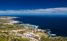 Vista aerea sulla linea costiera nordica di Tenerife Immagini Stock