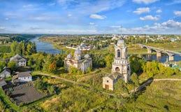 Vista aerea sulle chiese in Staritsa, Russia Fotografie Stock Libere da Diritti
