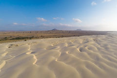 Vista aerea sulle dune di sabbia in spiaggia Praia de Chaves di Chaves in BO Fotografie Stock Libere da Diritti