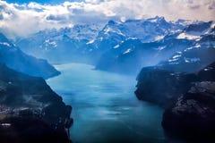 Vista aerea unica dell'aeroplano delle alpi svizzere centrali Fotografie Stock
