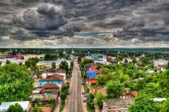 Vista aerea a Zarajsk dalla vecchia torre di acqua, regione di Mosca, Russia di panorama immagine stock