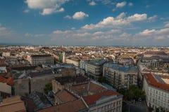 Vista agradável de Budapest da parte superior de Saint Stephens Basilica Dome, Hungria Fotos de Stock Royalty Free