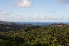 Vista agradável do mar e da costa de Barbados imagens de stock