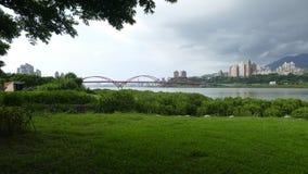 Vista agradável do trajeto central da bicicleta do rio de Taipei, Taiwan Fotografia de Stock Royalty Free