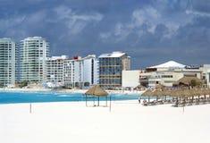 Vista al aire libre de una playa en Cancun, México Fotografía de archivo