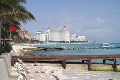 Vista al aire libre de una playa en Cancun, México Fotos de archivo libres de regalías