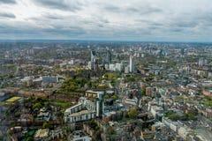 Vista al banco del sur en Londres imagenes de archivo