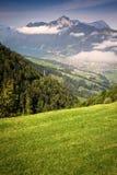 Vista al Brunnen y al Vierwaldstattersee de Stoos Foto de archivo