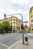 Vista al cuore di Francoforte al Kaiserstrasse Fotografia Stock