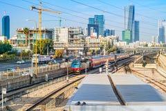 Vista al ferrocarril en Tel Aviv foto de archivo