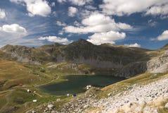 Vista al lago Kapetanovo, Montenegro Fotografia Stock