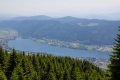 Vista al lago Ossiach de Gerlitzen Fotografía de archivo libre de regalías