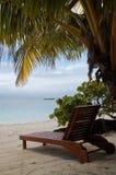 Vista al mar de un ocioso de madera de Sun Imágenes de archivo libres de regalías