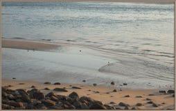 Vista al mar en el tiempo de la tarde Imagen de archivo libre de regalías