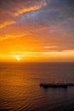 Vista al mar en la salida del sol Imágenes de archivo libres de regalías