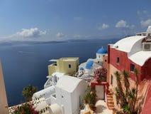 Vista al mare dal villaggio di OIA di Santorini Fotografie Stock