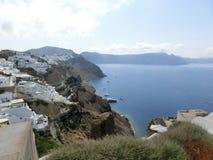 Vista al mare dal villaggio di OIA di Santorini Fotografia Stock Libera da Diritti