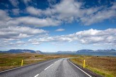 Vista al paesaggio della montagna in Islanda Fotografia Stock