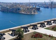 Vista al puerto magnífico de valletta foto de archivo libre de regalías