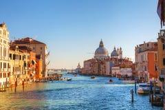 Vista al saluto di della di Santa Maria dei Di della basilica a Venezia Fotografia Stock