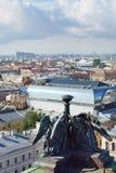 Vista al St Petersburg desde arriba de la catedral de Isaac del santo Fotos de archivo