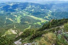 Vista al valle de las montañas de Rax Imágenes de archivo libres de regalías