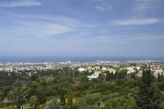 Vista all'est del nord sopra la città di Kyrenia Fotografie Stock Libere da Diritti